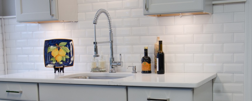 Alternatives to the Traditional Tiled Shower (and expensive QuartzCountertops)